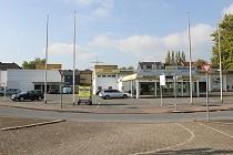 HOCHFREQUENTIERT: Gewerbegrundstück mit ehem. Autohaus und Supermarkt in TOPLAGE!