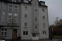 PROVISIONSFREI! HELLE RÄUME  und  SCHÖNES BAD! Große 2,5-Raum-Wohnung in der Nähe des Allee-Centers!
