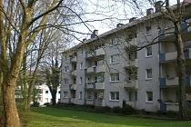 GUT  und  GÜNSTIG mit BALKON!!! Schön geschnittene 2,5 Raum Wohnung in sehr ruhiger Lage!
