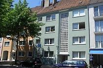 Vollständig renovierte 3,5-Raum-Wohnung in absolut zentraler Lauflage! Laminatböden  und  neues BAD!