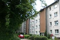 BALKON! BAD mit FENSTER! Gepflegte 2,5-Raum-Wohnung in ruhiger Lage!