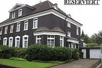 TOP-LAGE in BUER-MITTE: Großzügiges Einfamilienhaus mit prächtigem Garten!