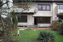 Außergewöhnliche 3,5 Zimmer Wohnung mit eigenem großen Garten in Bergerhausen PROVISIONSFREI