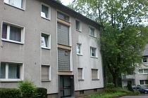 Gut geschnittene 3,5-Zimmer Wohnung MIT BALKON