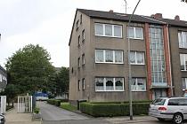 Starke Rendite mit zusätzlichen Potenzialen: Provisionsfreies Mehrfamilienhaus auf großem Grundstück