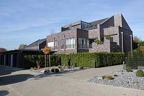 EXKLUSIV BARRIEREFREI LEBEN IN BUER-MITTE: Komfort, Qualität und Großzügigkeit mit 2 Dachterrassen