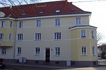 Sehr gut ausgestattete 3,5-Zimmer-Wohnung in guter Lage von Buer mit Loggia.