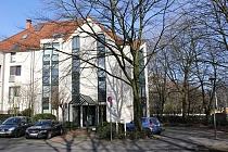 BUER-MITTE: Hochwertige und günstige Büroetage in respräsentativem Gebäude