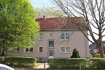 Perfekt für Singles und Studenten: Bezugsfertige, günstige 2,5-Zimmer-Dachgeschosswohnung in Buer
