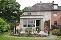 Streichen, Möbel rein - fertig! Doppelhaushälfte mit großem Garten, Terrasse und Garage!