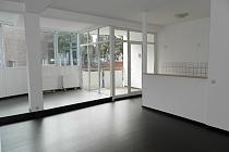 Moderne 2,5-Zimmer-Wohnung mit Balkon in zentraler Lage von Buer-Mitte.
