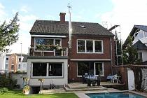Top Qualität! Top Ausstattung!  3,5-Zimmer-Wohnung in GE - Buer mit Kamin, Balkon und Bad en suit!
