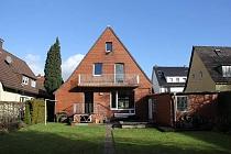 BESTE LAGE IN BUER - MITTE: Freistehendes Einfamilienhaus mit West- Südwestgarten und Balkon