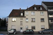 Starke Rendite, großes Grundstück: Mehrfamilienhaus in Gelsenkirchen - Sutum mit 8 Garagen