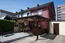 Das ideale Zuhause für die junge Familie: Kleines Reihenendhaus in Schaffrath mit großen Reserven