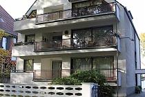 Geräumige, wertige 3,5 - Raum-Erdgeschosswohnung mit riesigem Balkon und eigenem Eingang in Bulmke