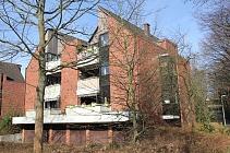 Charmante, großzügig geschnittene 3,5-Etagenwohnung mit großem Balkon und Garage in Ückendorf