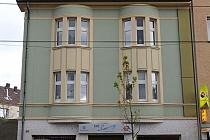 Renditestarkes, gepflegtes Wohn- und Geschäftshaus mit 3 Wohnungen, Ladenlokal, Werkstatt und Garage