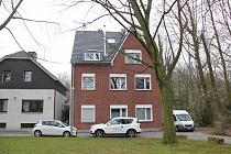 Bestlage in GE-Buer: Attraktives Mehrgenerationenhaus direkt am Stadtwald mit Garten und 2 Garagen