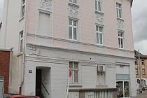 Altbau sucht neuen Mieter: Charmante, renovierte, geräumige 2,5-Raum-Dachgeschosswohnung in Erle