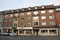 Zentrale Lage von Oberhausen: Modernisierte, geräumige 3,5 - Raum - Etagenwohnung mit Balkon