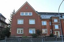 TOP sanierte und bezugsfertige 3,5-Raum-Dachgeschosswohnung mit Gemeinschaftsgarten in Bismarck