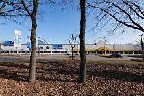 Fast 3.600 m² Handelsfläche auf 7913 m² großem Gewerbegrundstück in stark frequentierter Lage