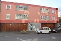 Sanierte, frisch renovierte, bezugsfertige 2-Raum-Etagenwohnung mit Balkon und Garage in Schalke
