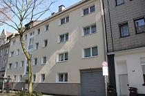 Hohe Qualität: Vollständig vermietetes Mehrfamilienhaus mit 14 Garagen und Solaranlagen in Schalke
