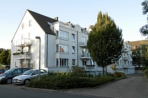 Gepflegte, geräumige 3,5- Raum - Dachgeschosswohnung mit Balkon und Garage in Gelsenkirchen Erle
