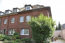 Erstbezug nach Sanierung: Effizient geschnitte  2,5 Zimmer-Wohnung mit großem Balkon in Feldmark