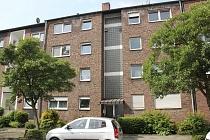 Buer - Mitte: Bezugsfertige, anschauliche 3,5 - Raum - Etagenwohnung mit Balkon und Aufzug