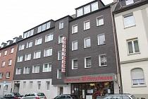 Komplett renovierte u. günstige, effizient geschnittene 3,5-Raum-Etagenwohnung mit Garage in Schalke