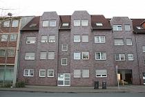 Vollständig renovierte, günstige 3,5 - Raum - Dachgeschosswohnung mit Balkon in Buer