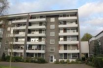 Komplett renovierte 3,5-Raum-Etagenwohnung mit neuem Bad, Balkon und Aufzug in Buer sucht genau Sie