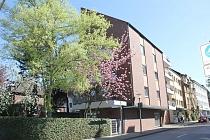 Zentrale Lage von Gladbeck-Mitte: Charmante und gut geschnittene 2,5 Dachgeschosswohnung mit Balkon