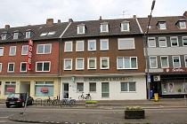 Sehr gepflegte u. charmante 3,5 - Raum-Dachgeschosswohnung mit Einbauküche in Gelsenkirchen-Hassel