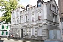 Frisch gestrichene und effizient geschnittene 3,5 Erdgeschoss-Wohnung Nähe Zentrum sucht Sie
