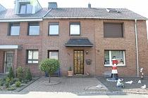 Das ideale Zuhause für die junge Familie mit Ausbaureserve, Garten und Doppelgarage in Schaffrath