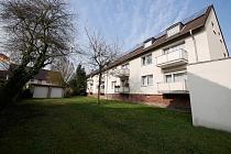 Zwei attraktive, gedämmte 6-Familienhäuser mit Balkonen und Garagen in Beckhausen