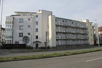Kapitalanleger aufgepasst: Seniorengerechte 2,5-Raum-Wohnung mit Aufzug, Balkon und Tiefgarage