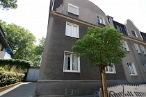 Raritätsimmobilie in Buer-Mitte: Dreifamilienhaus mit Garten, Terrasse, Balkonen und Garage