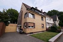Im Herzen von Buer Mitte: Modernisierte, attraktive 3,5-Raum-Etagenwohnung mit neuem Bad und Balkon